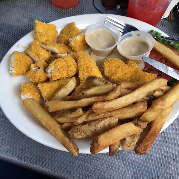 Chicken fingers with honey mustard