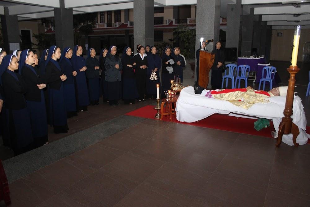 Các đoàn thể kính viếng Đức Cha Phaolô mới qua đời - Ảnh minh hoạ 15