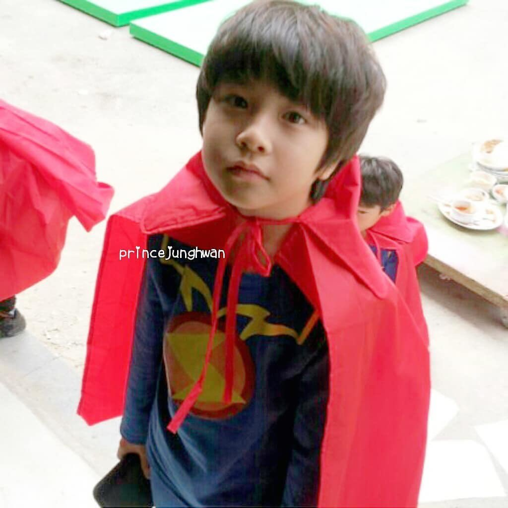 junghwan pre debut