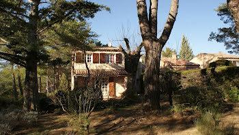 villa à Tourtour (83)