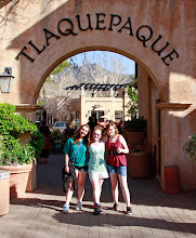 Photo: The Girls at Tlaquepaque, Sedona, AZ