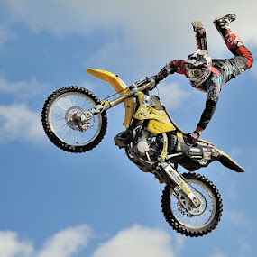 High fly by Bostjan Pulko - Sports & Fitness Other Sports ( motorsport )