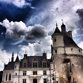 #castle #pixoto #ubiquography #dicalva #iphone by Diana Calvario - Instagram & Mobile Instagram