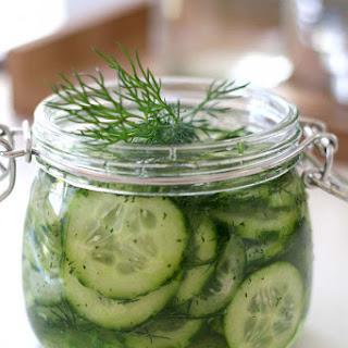 Kurkku Tilli Salaatti – Finnish Pickled Cucumber & Dill Salad