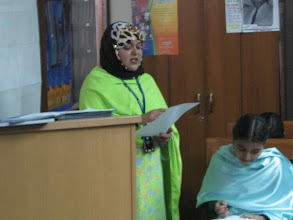 Photo: Ms. Wajida from SEF CDC, at notes of thanks, International Wetlands Day, LC Karachi, Feb 02, 2008