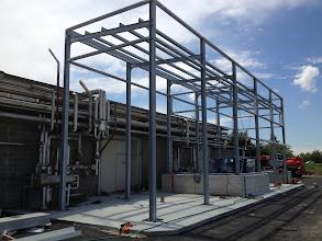 Photo: Struttura per capannone da rivestire con pannelli