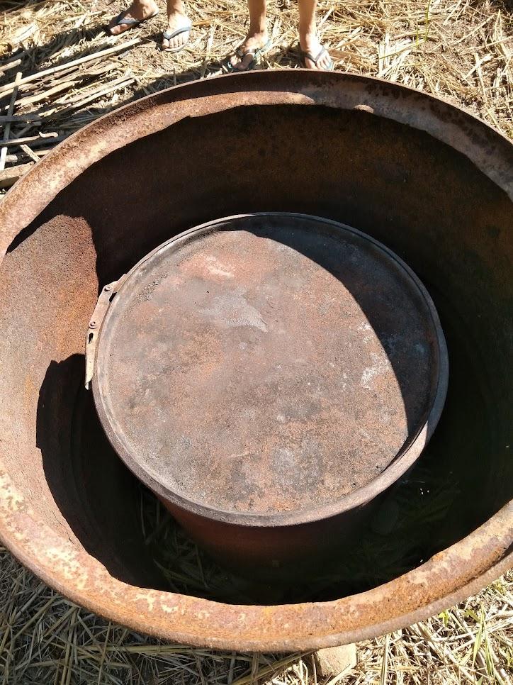 小さいドラム缶を大きいドラム缶に入れる