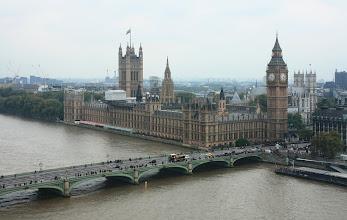 Photo: London  Palace Of Westminster (Big Ben) a Westminster Abbey  pohled z Londýnského oka http://www.turistika.cz/cestopisy/londyn-london-eye-trafalgar-square-palace-of-westminster-big-ben-piccadilly-circus-eurotunel
