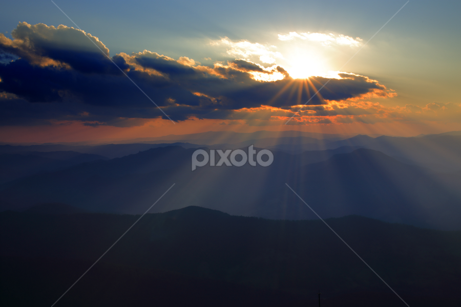 Rays of light by Lucian Andrei - Landscapes Sunsets & Sunrises ( plant, copy space, plants, yellow, landscape, spring, sun, sky, nature, vibrant color, no people, idyllic, horizon over land, grass, green, agriculture, cloudscape, beauty in nature, sunlight, morning, field, dawn, blue, sunset, outdoors, meadow, summer, cloud, rural scene, sunrise, landscapes )