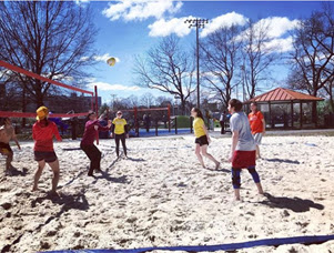 Beach volleyball courts at Quincy Park. Photo by @thatsbeesvolleyball.