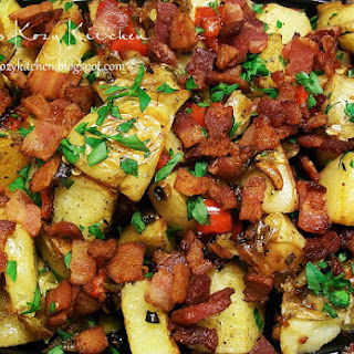 Roasted Potatoes with Red Peppers, Garlic, and Bacon
