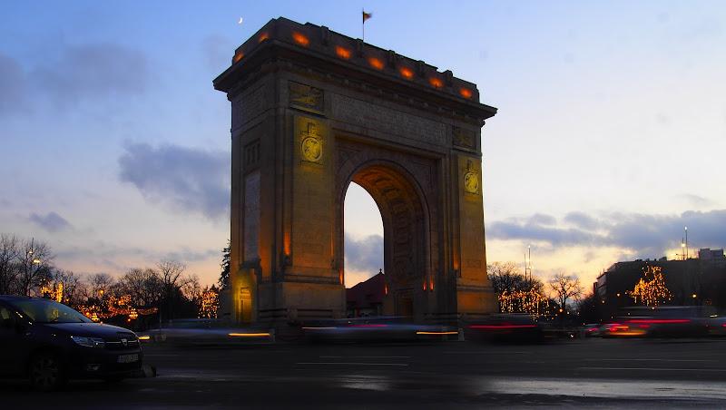 Bucarest Arco di trionfo di Rinox