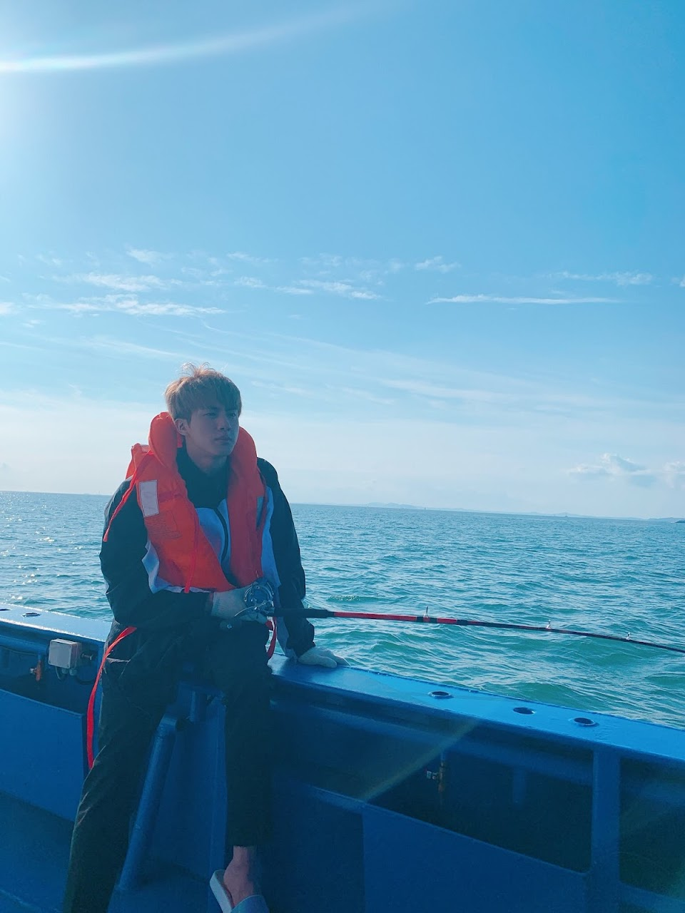 bts jin fishing1