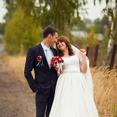 Wedding photographer Elena Astakhova (astahova1390). Photo of 22.10.2015