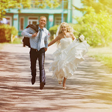 Wedding photographer Svyatoslav Kuznecov (Svyatoslav). Photo of 08.04.2014