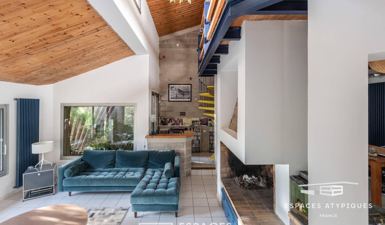 Maison avec terrasse Luynes