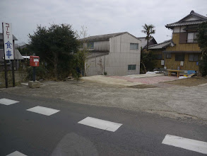Photo: 橋のたもとのお店は流されてしまったようです。