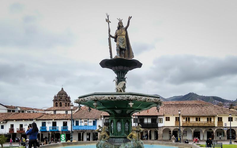 inca+plaza+de+armas+cusco+central+square+Iglesia+de+Compañía+de+Jesús+Church+Society+jesus+church+Cusco+cusco+peru+south+america