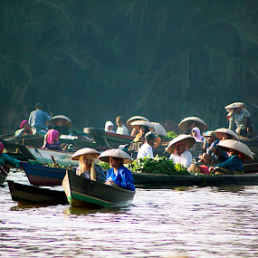 Floating Market by Agung Cahyono - Landscapes Travel