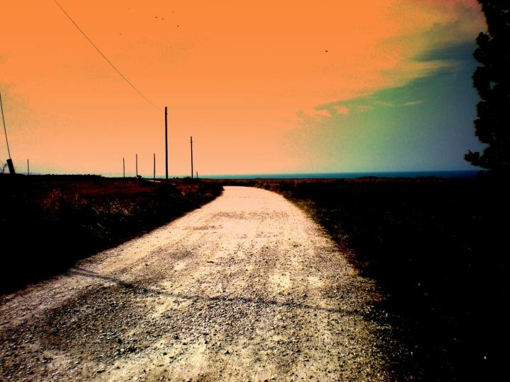 Strada è luce di MALAIKA
