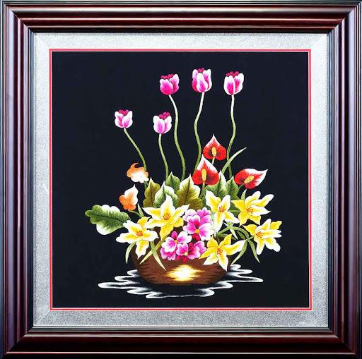 Tranh thêu hoa lan và ý nghĩa đặc biệt trong phong thủy 4