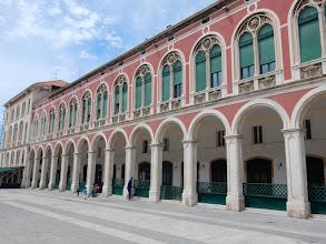 Photo: Het neo-renaissancistisch plein Prokurative in Split