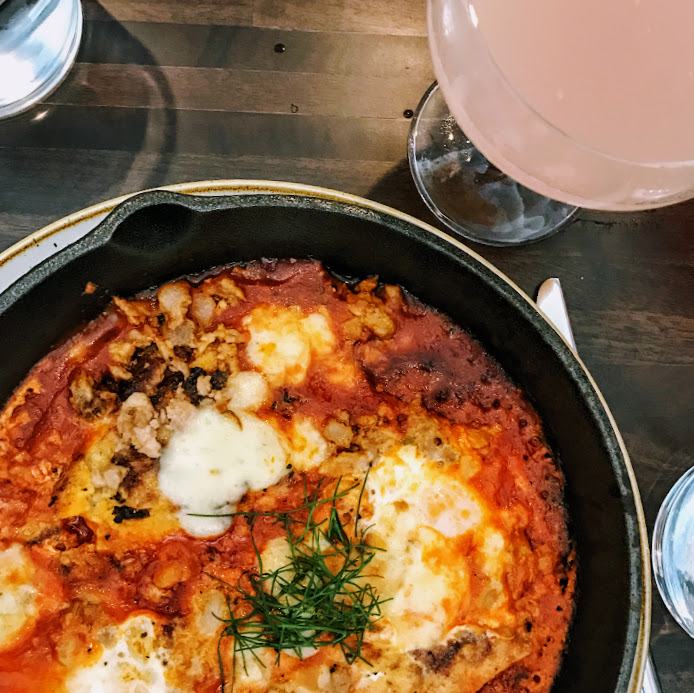 Eggs in purgatory and classic bellini, Coda di Volpe