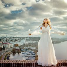 Wedding photographer Pavel Kruglov (PaulKrugloff). Photo of 17.01.2014