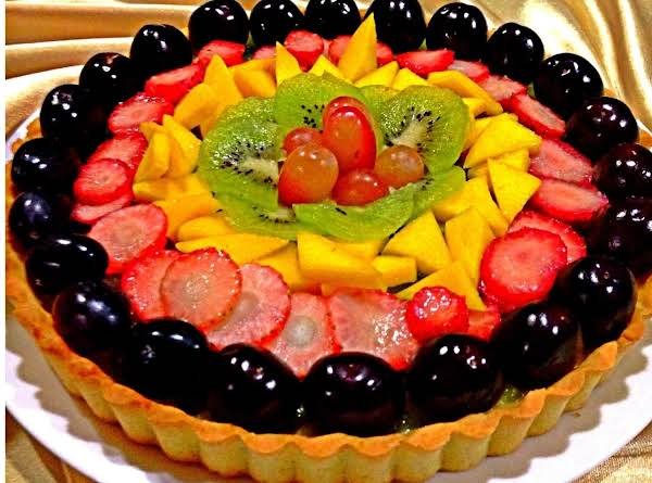 Simple Easy Fruit Tart. It Is Light And Healthy. Good As A Dessert.