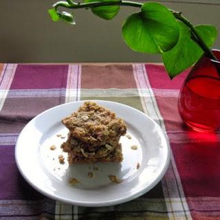 Rhubarb Oatmeal Cookie Bars