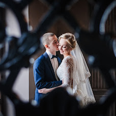 Wedding photographer Dasha Rogova (DashaRogova). Photo of 10.03.2017