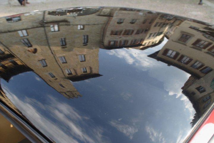 Arezzo, piazza Vasari di rogia