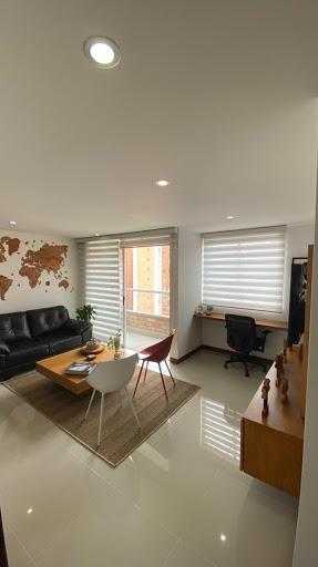 Apartamento - Loma De Los Bernal, Medellin