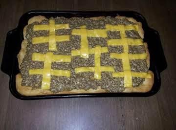 NanaBB's Cheeseburger Pizza  Pie
