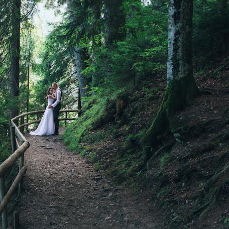 Wedding photographer Vladislav Polozhay (polozhay). Photo of 25.08.2016