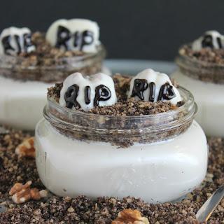 Mini Graveyard Dirt Cakes Recipe