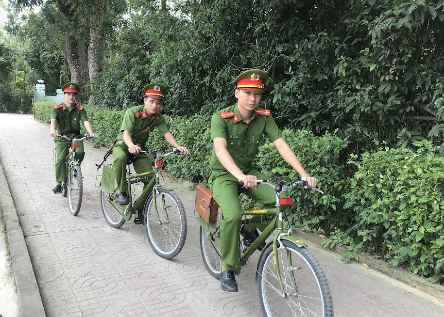 Các chiến sỹ bảo vệ mục tiêu tuần tra, đảm bảo ANTT tại quê ngoại Bác Hồ
