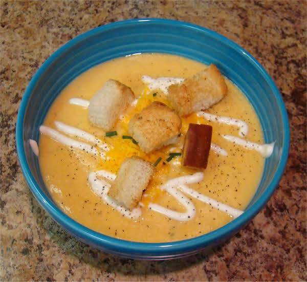 Yummy Yammy Cauliflower Soup Recipe