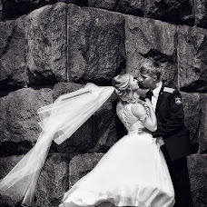 Wedding photographer Stepan Uvarov (RoST). Photo of 14.09.2015