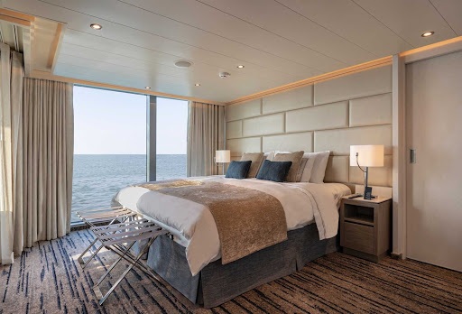 Grand-Suite-bedroom-Silver-Origin.jpg - The bedroom of the Grand Suite aboard Silver Origin, Silversea's first ship built for the Galapagos.