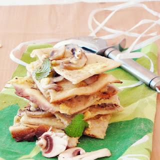 Mushroom & Apricot White Pizza