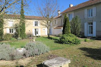maison à Neuville-de-Poitou (86)