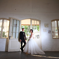 Wedding photographer aldira suripatty (aldirasuripatty). Photo of 11.07.2015