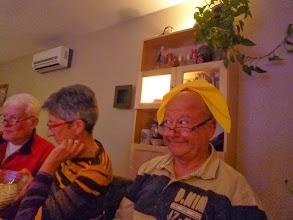 """Photo: Gilles, Anne-Marie, et Michel avec... le bonnet de """"La Fermière"""" ?"""