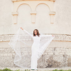 Wedding photographer Zina Nagaeva (NagaevaZ). Photo of 04.05.2015
