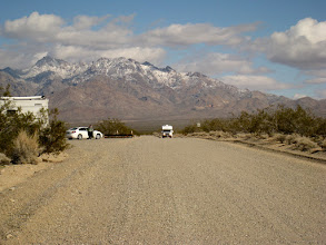 Photo: Kelso Dunes Rd, a few miles south of the depot. The road is somewhat rough for an RV. I went ahead in the car and took this pictures of M & V arriving in the RV.
