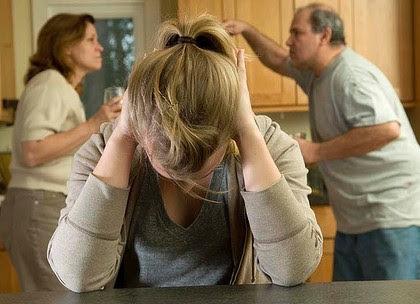صور اخطاء التربية التى تسبب الادمان