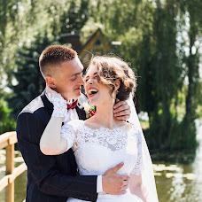 Wedding photographer Denis Konstantinov (380960170930). Photo of 18.06.2018