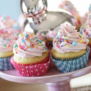 Surprise-Inside Spring Cupcakes.