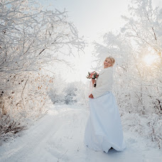 Wedding photographer Olya Yaroslavskaya (olgayaros86). Photo of 13.01.2019